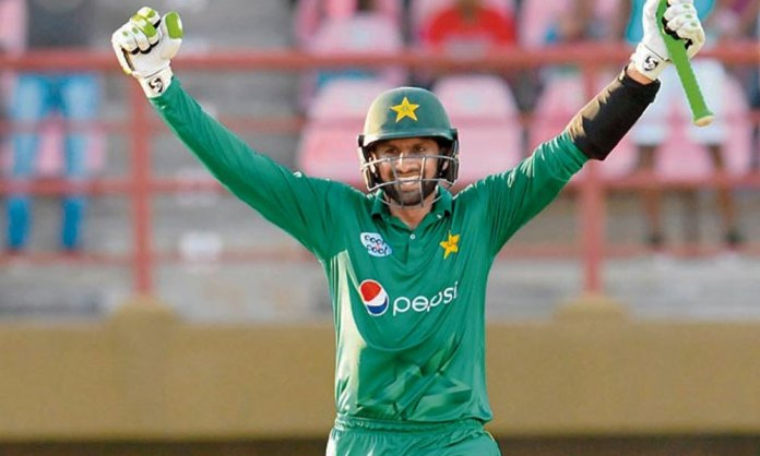 Shoaib Malik plans to end global career after 2020 World T20