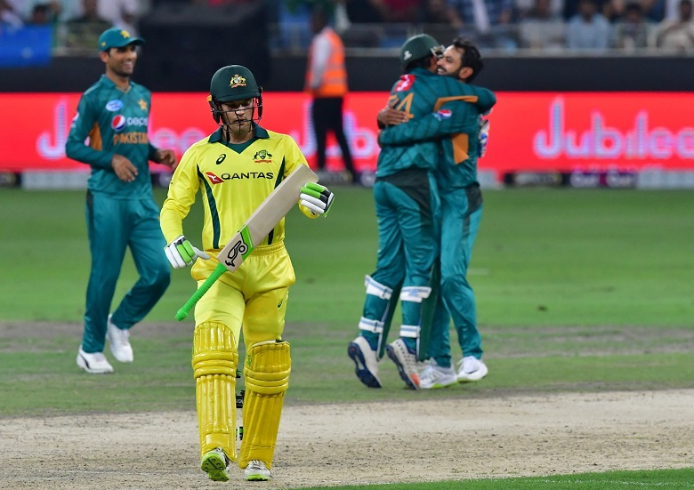 Australia left aggrieved by controversial run out in T20 loss to Pakistan