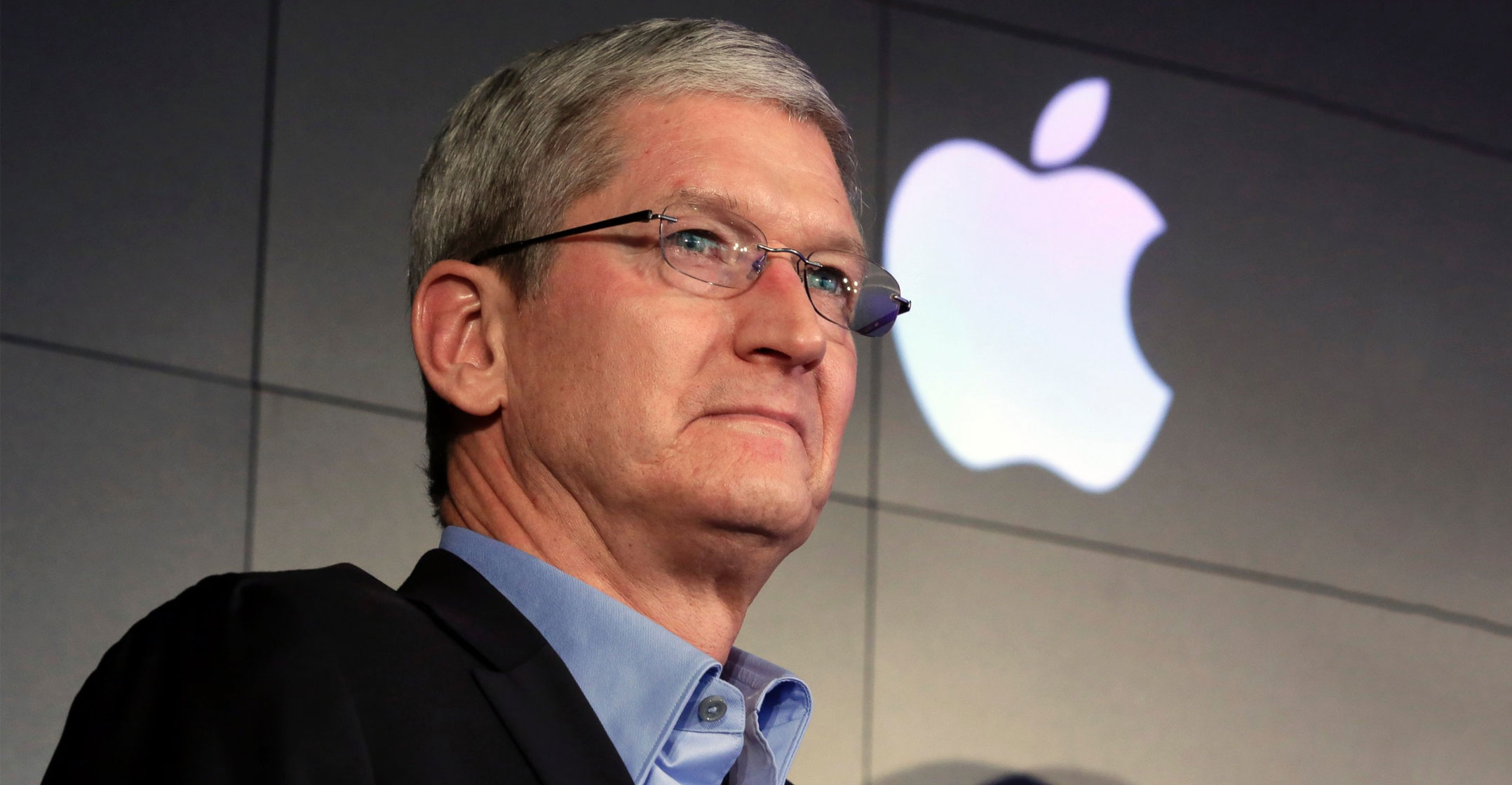 Tim Cook calls on Bloomberg to retract Chinese spy chip claims